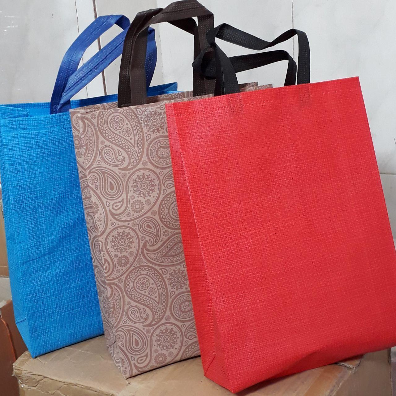 إنتاج وتوزيع الحقائب والأكياس غير المنسوجة -- حقيبة الجملة - إنتاج الأكياس - حقيبة بألوان مختلفة - أكياس ترويجية بالجملة